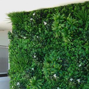 mur végétal artificiel liseron